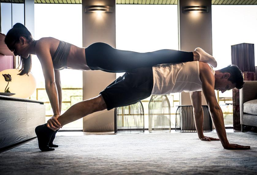 5 Alasan Olahraga Bersama Pasangan Bisa Memperkuat Hubungan