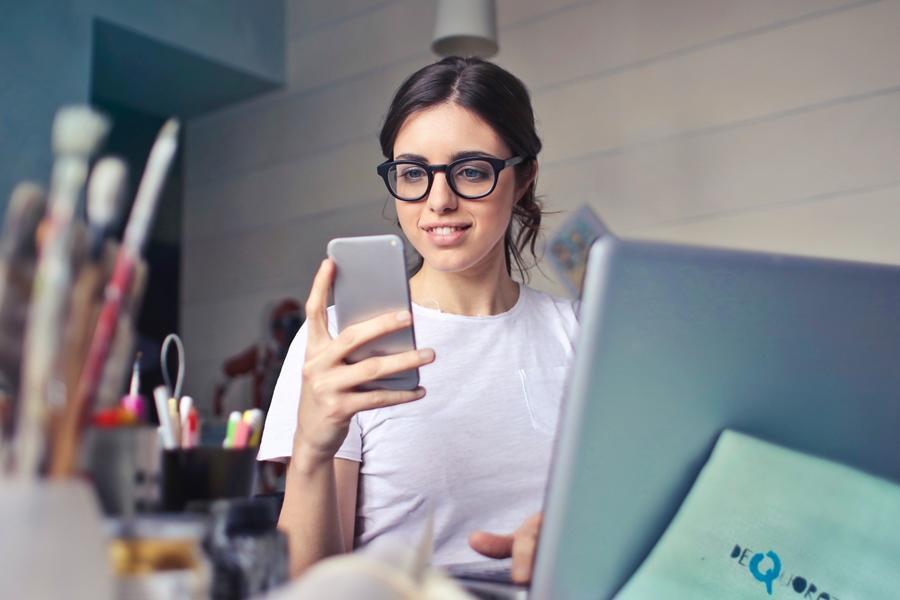 Ini Penjelasan Psikolog Kenapa Pecandu Internet Panik Saat Kehilangan Sinyal WiFi