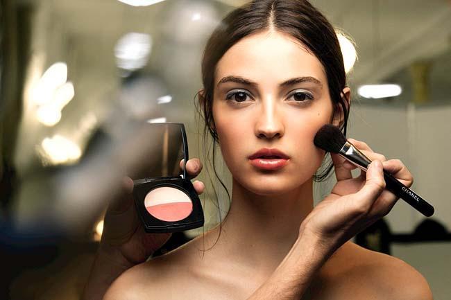 b6ac6094f37 Tips Cantik: 4 Kesalahan Yang Sering Dilakukan Saat Memakai Makeup ...