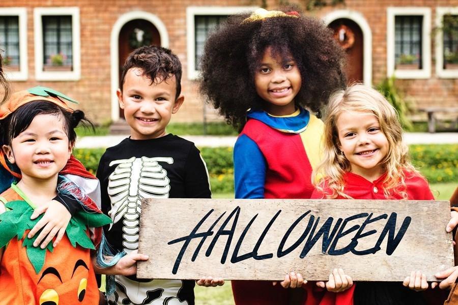 Banyak Anak Jadi Korban Kecelakaan di Malam Halloween