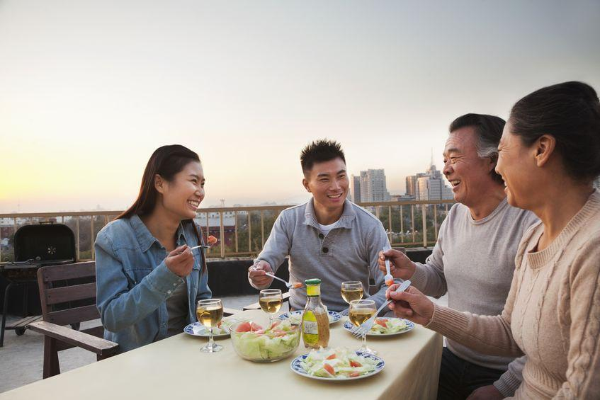 Sudahkah Anda Perhatikan 4 Hal Ini Sebelum Kenalkan Pasangan ke Keluarga?